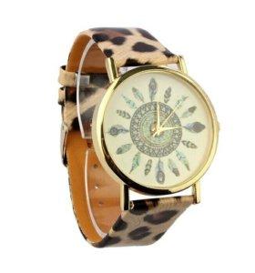 Новые кварцевые женские часы