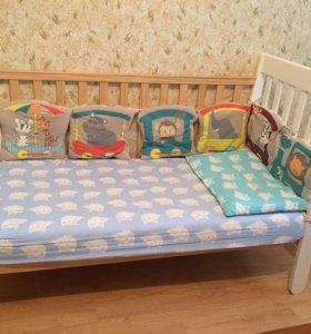 детская кроватка,