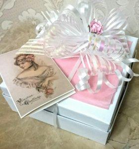 Женский набор для душа и открытка (в коробочке)