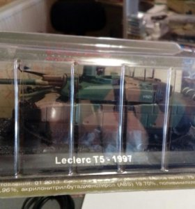 Танк Leclerc T5 1997коллекционная модель