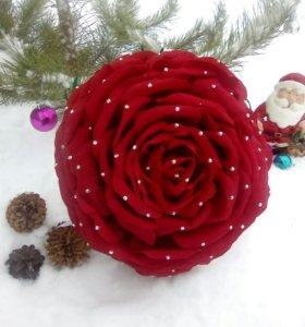 Букет красная розамелия