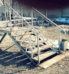 Продам металическую лестницу