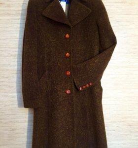 Пальто Byblos из кашемира. Новое. Оригинал.
