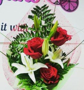Букет из лилии и роз