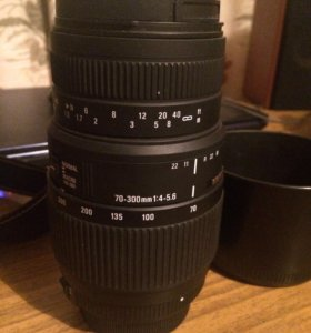 Объектив для  Nikon Sigma 70-300