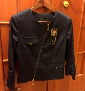 Стильный пиджак S