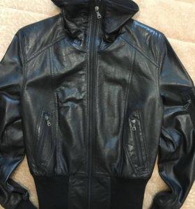Куртка женская, кожаная.Италия.