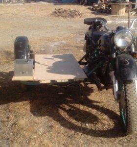 Продам мотоцикл Урал м67