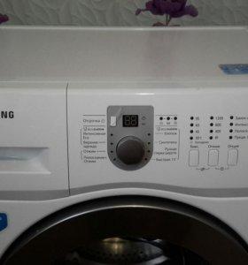 Стиральная машина автомат Samsung wf60f1r1w2w