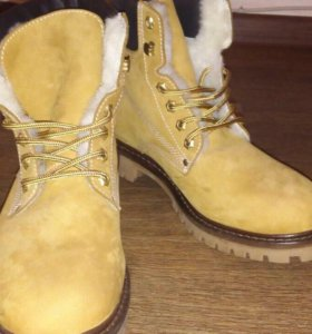 Ботинки 42-43 размер