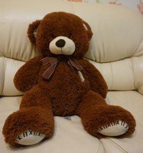Большой говорящий медведь