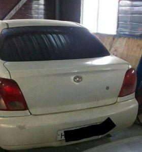Продаю авто Платц 2001 года