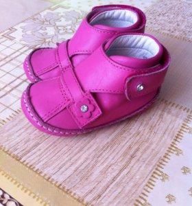 Детские туфельки!!!!+сандалики;)