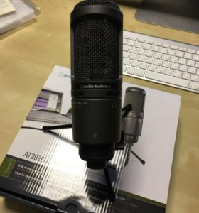 Микрофон Audio-Technica AT2020USB+