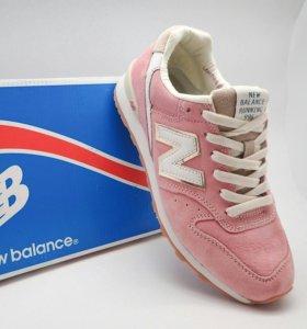 Женские розовые кроссовки new balance 996