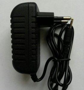 Зарядное устройство для планшета 5V/2A 2,5x0,7