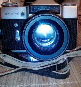 Фотоаппарат Зенит Е и объектив Гелиос 44 2