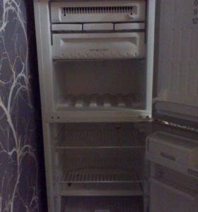 Холодильник стенол