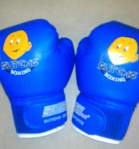 Детские боксёрские перчатки
