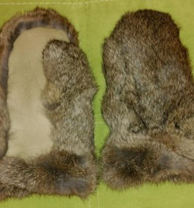 Варежки из меха кролика