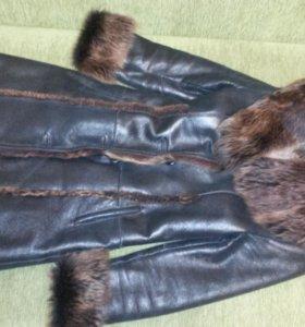 Пальто меховое (дубленка)