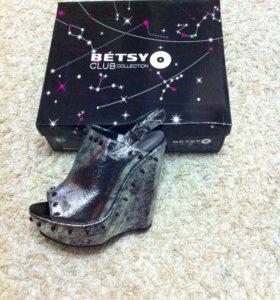 Новые туфли Betsy