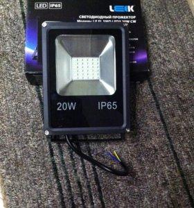 Новый Светодиодный прожектор