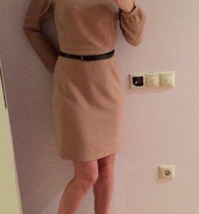 Платье бежевое Insiti