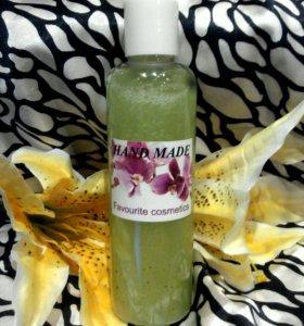 Натуральные гели для душа с фруктовыми ароматами