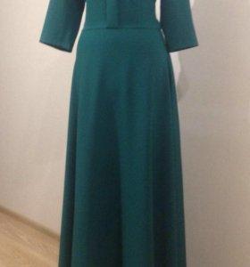 Новое длинное платье в пол