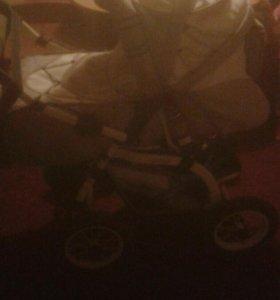 Продам детскую коляску-трансформер.
