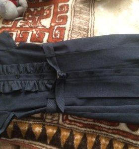 Детское школьное платье ( одевали 2 раза
