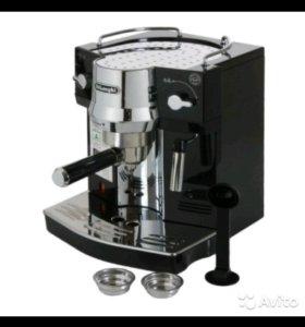 Рожковая кофеварка эспрессо DeLonghi BAR EC 820