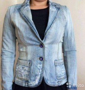 Джинсовая куртка DG