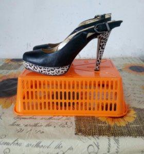 Кожаные туфли!!!