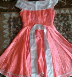 Платье(в идеальном состоянии)