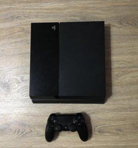 Игровая приставка PS4-500Gb.