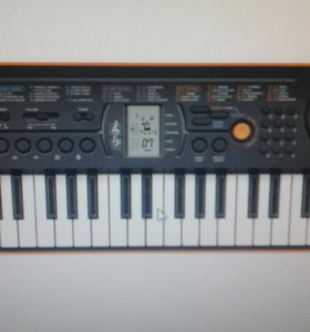 Синтезатор,электронное пианино
