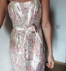 Жаккардовое платье