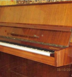 """Пианино """"Украина"""""""