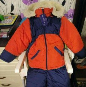 Новый! Зимний комбинезон с курткой.