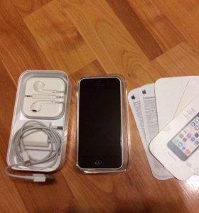 Продам IPhone 5c на 16гб.