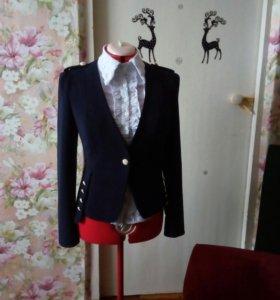 Блузка новая,белая стрейч