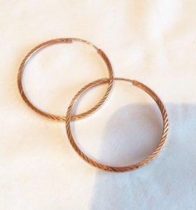 Золотые серьги кольцами