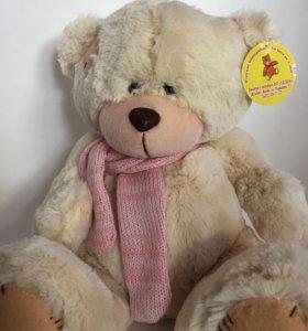 Медвежонок с шарфом