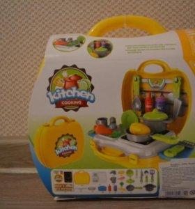 Детский набор кухня в чемодане, новый