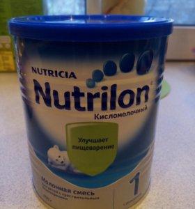 Смесь NUTRILON кисломолочная 1
