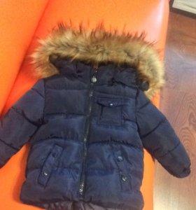 Курточка Moncler