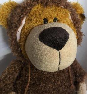 Медведь с капюшоном 54 см.