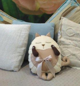 Декоративная подушка Кот